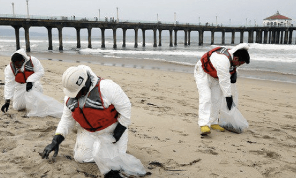 Tar Balls Wash Ashore Popular LA Beaches: Officials Consider Link to Santa Barbara Oil Spill