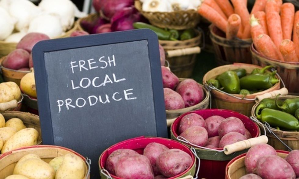 9 Ways to Support Your Local Food Community