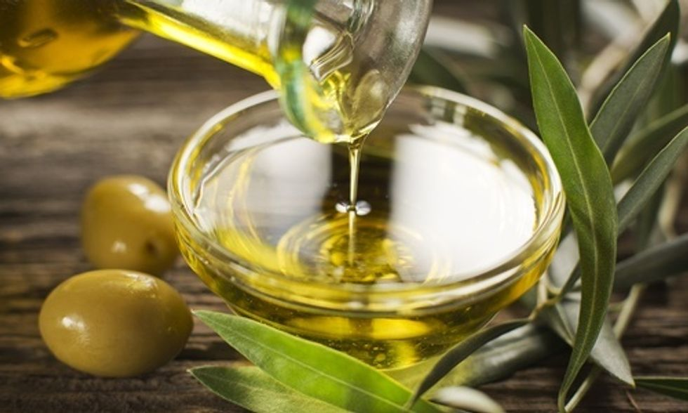 What's the Verdict on Olive Oil: Is it Good or Bad for You?