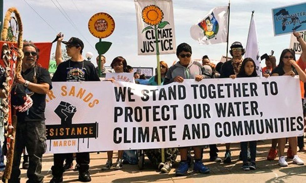 5,000+ Take to the Streets for Historic 'Tar Sands Resistance March'