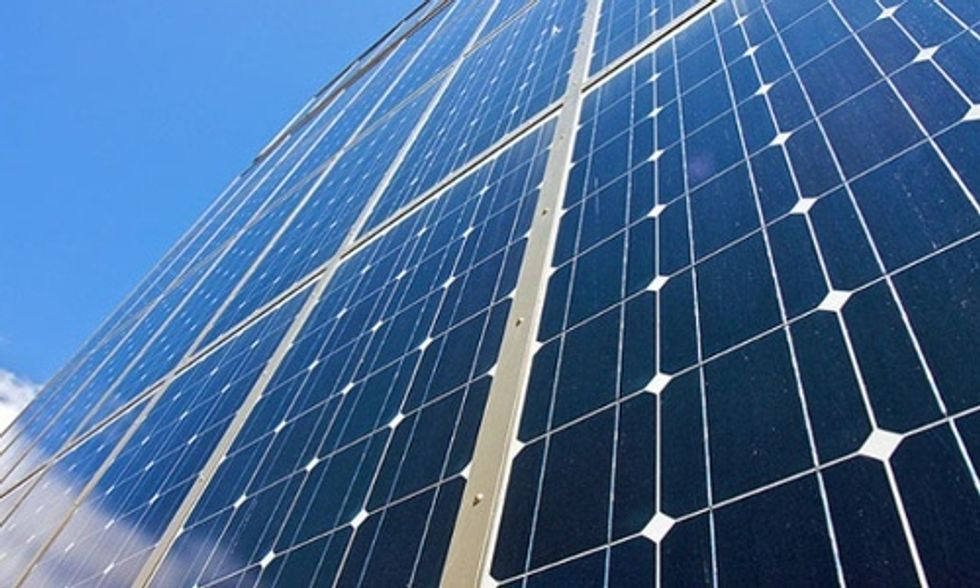 Amazon to Build Largest Solar Farm in Virginia in Move to 'Clean the Cloud'