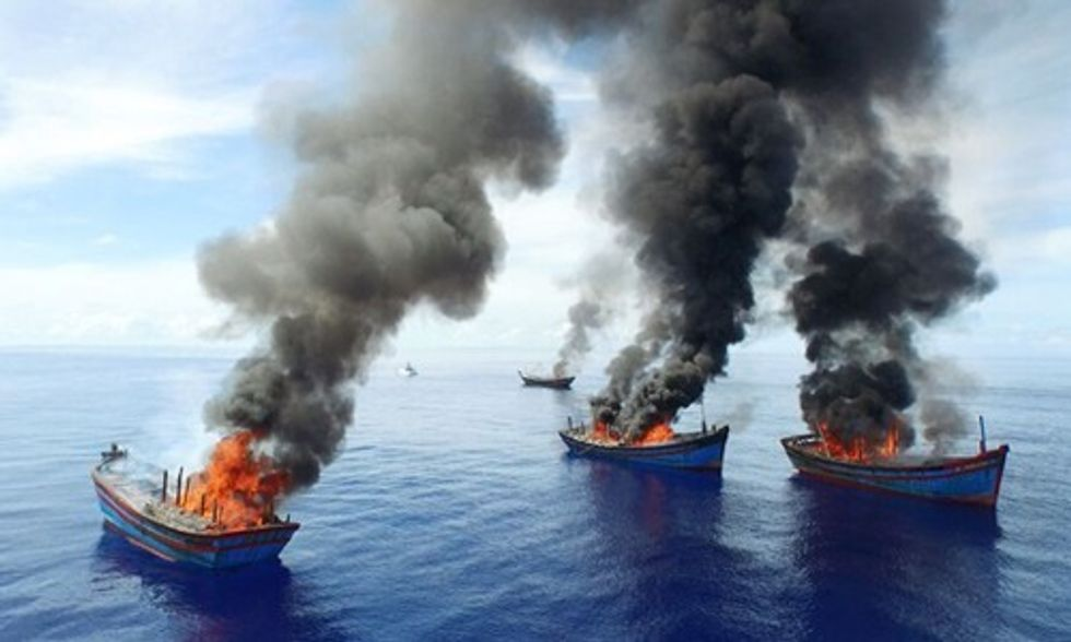 Palau Authorities Burn Vietnamese Illegal Fishing Boats Saying 'We Will Not Tolerate Poachers in Our Ocean'