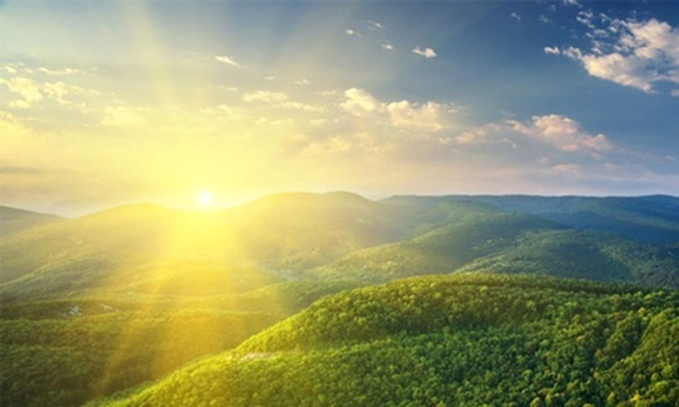 Sunlight Striking Earth's Surface in Just One Hour Delivers Enough Energy to Power World Economy for Entire Year