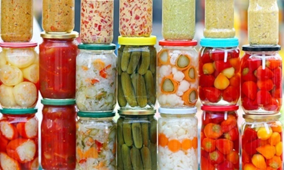 5 Reasons You Should Eat Probiotic-Rich Fermented Foods