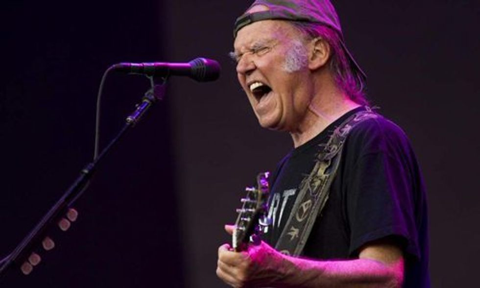 Neil Young Ups the Ante in GMO Food Fight in Vermont