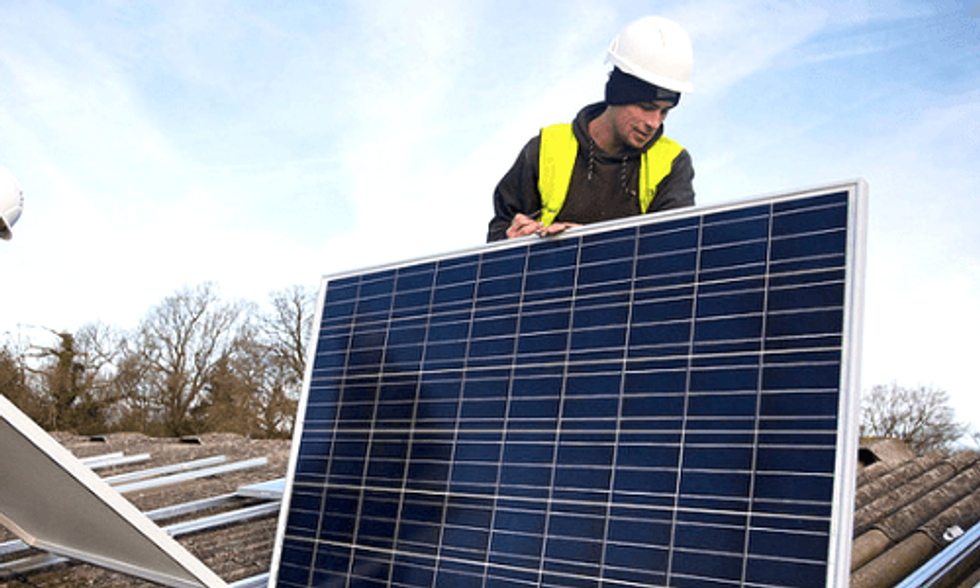 Solar Now Cheaper Than Fossil Fuels for Many Small Businesses
