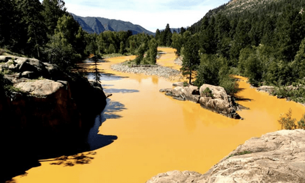 1 Million Gallons of Mine Waste Turns River in Colorado Orange