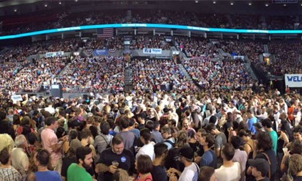 Bernie Sanders Draws 28,000 in Portland, Largest Turnout for Any Presidential Candidate This Year