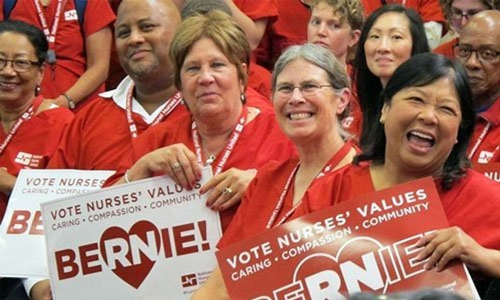 6 Reasons Why the Nurses Union Endorsed Bernie Sanders Over Hillary Clinton