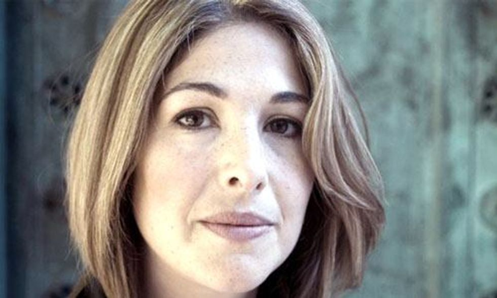 Naomi Klein: Tony Abbott Is a Climate Change 'Villain'