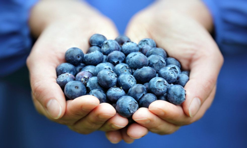 Why Antioxidants in Superfoods Are Essential to Your Diet