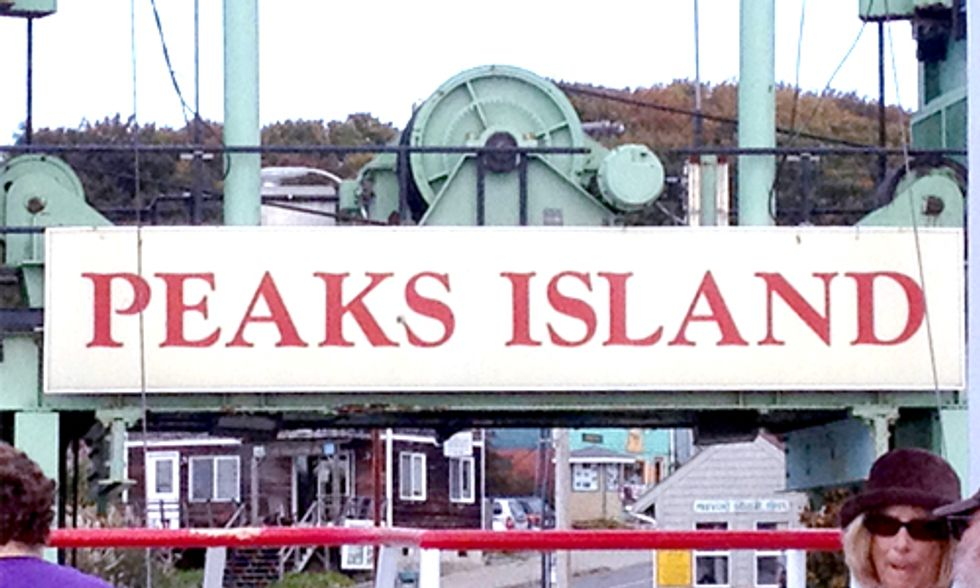 Community Engagement Fuels Sustainable Future for Peaks Island, Maine