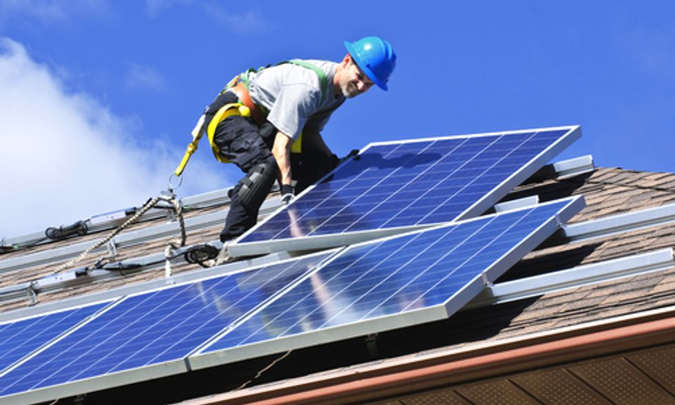 Renewable Energy 'Creates More Jobs Than Fossil Fuels'