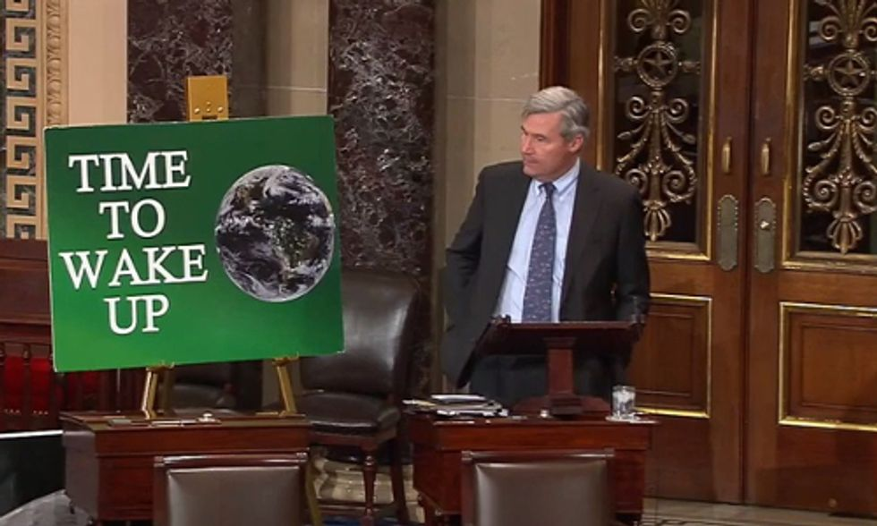 Carbon Fee Bill Introduced in the Senate