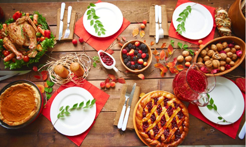 8 Ways to Eat Healthy on Thanksgiving