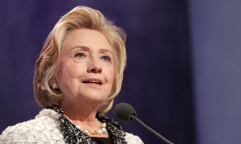Hillary Clinton Open to Fracking, Ignores Keystone XL