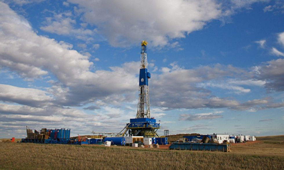 Plunging Oil Prices Trigger Economic Downturn in Fracking Boom Town