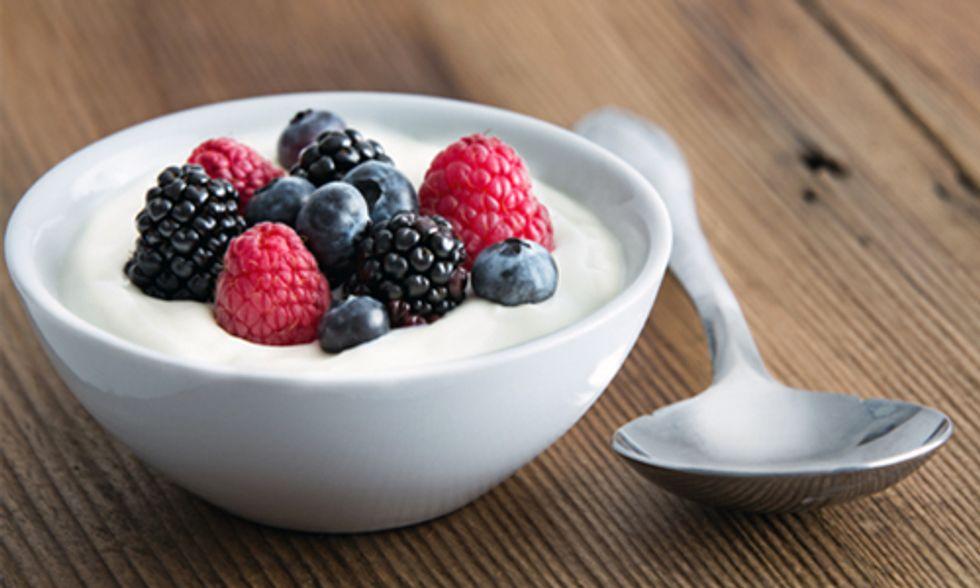 10 Healthy Reasons to Eat Yogurt