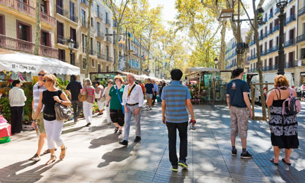8 Reasons to Adopt a Car-Free Lifestyle