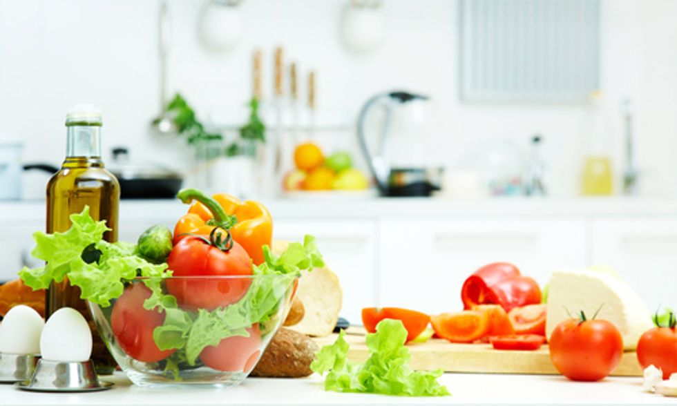 4 Steps to Detoxify Your Kitchen