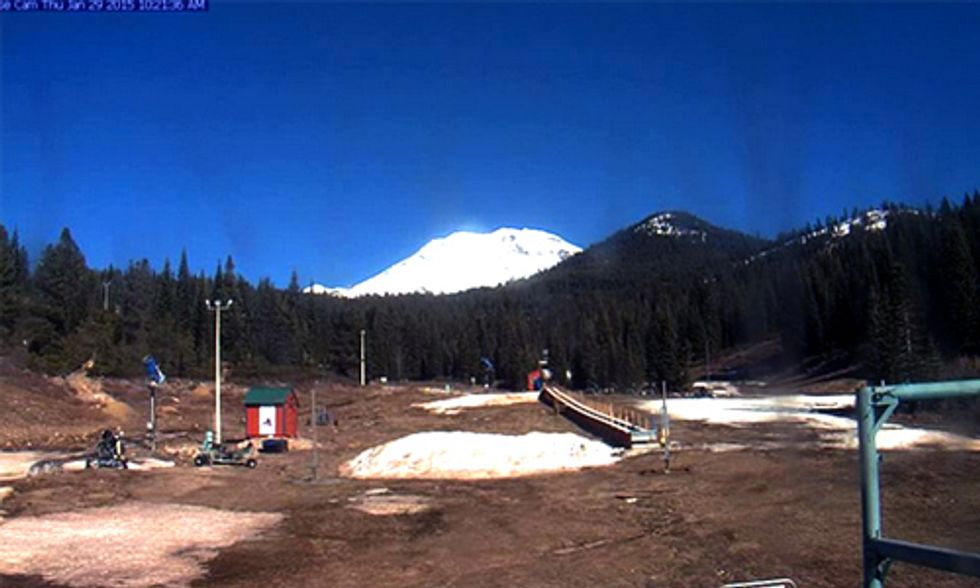 Ski Resorts Close as West Coast Drought Intensifies