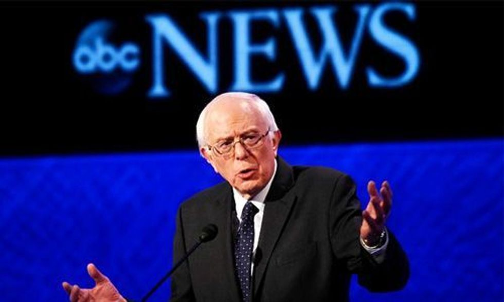 Bernie Sanders Makes History With 2 Million Individual Campaign Contributions