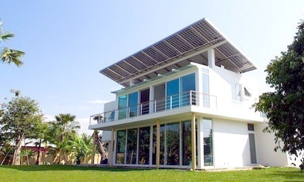 World's First Solar-Hydrogen Residential Development Is 100% Self-Sustaining