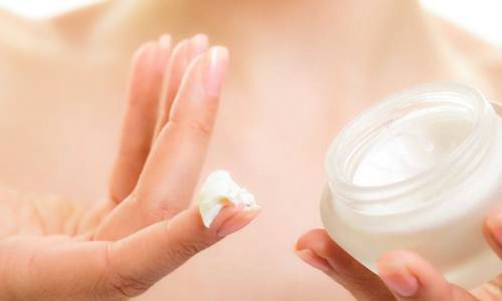 4 Non-Toxic Ways to Protect Your Skin During Cold Winter Months