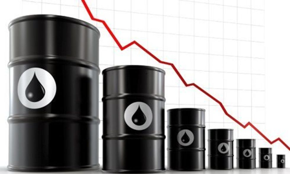 Oil Prices Drop Below $30 a Barrel for First Time in 12 Years