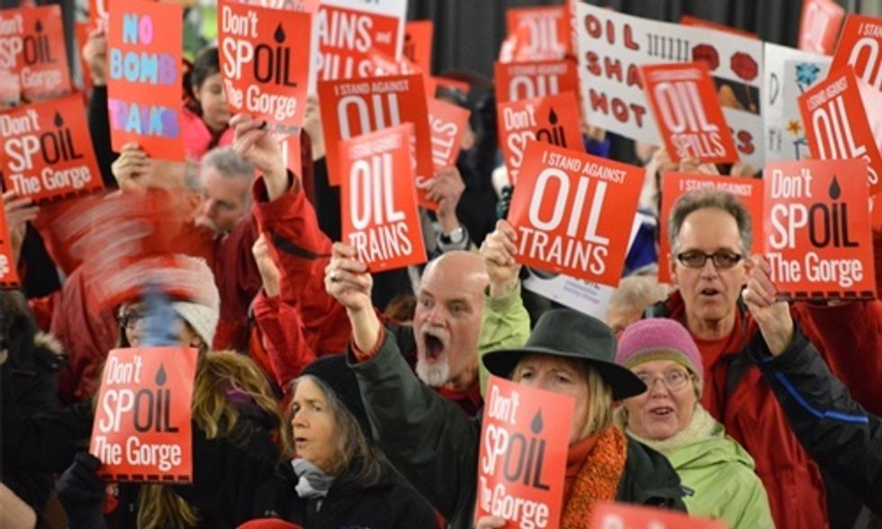 1,000 People Attend Hearing on Proposal for Nation's Largest Oil-by-Rail Terminal