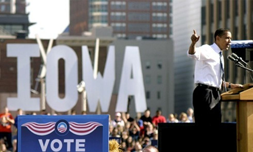 Exclusive Video: How Obama Won the Iowa Caucus and What Hillary and Bernie Can Learn From Him