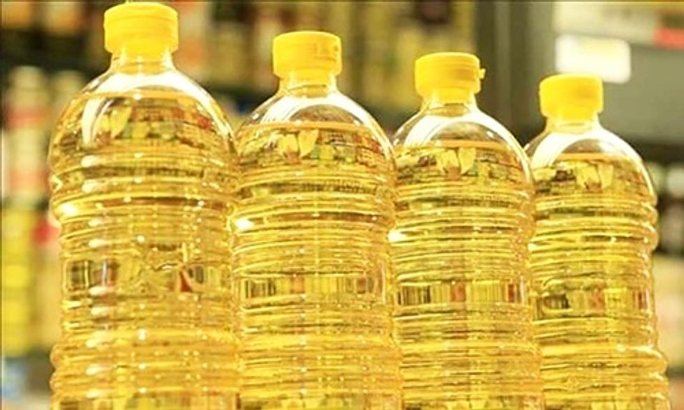 Dr. Mark Hyman: Why Vegetable Oils Should Not Be Part of Your Diet