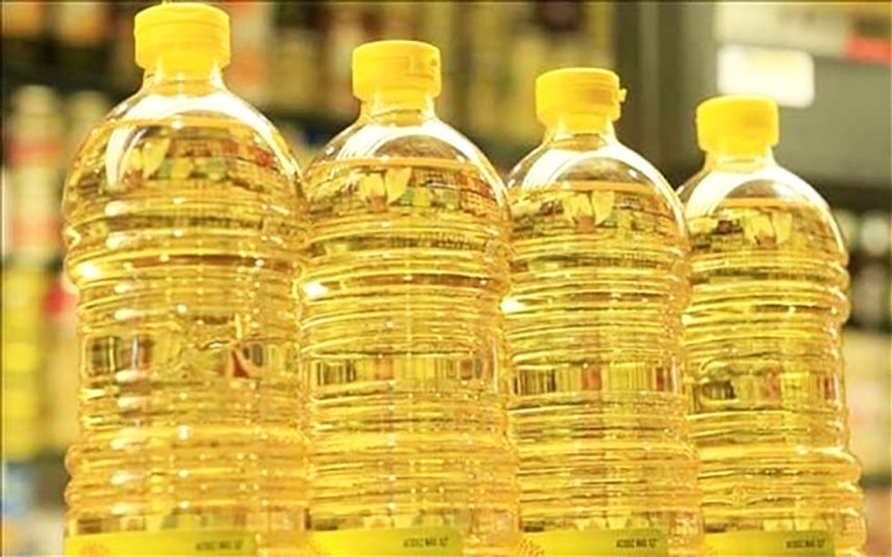 Dr. Mark Hyman: Why Vegetable Oils Should Not Be Part of Your Diet -  EcoWatch