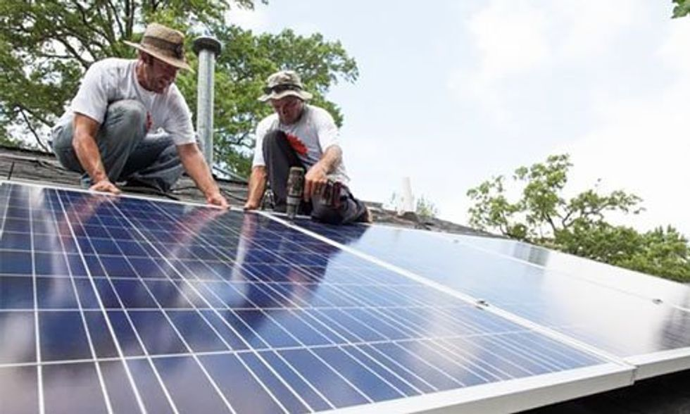 How Money in Politics Is Killing Rooftop Solar in Nevada
