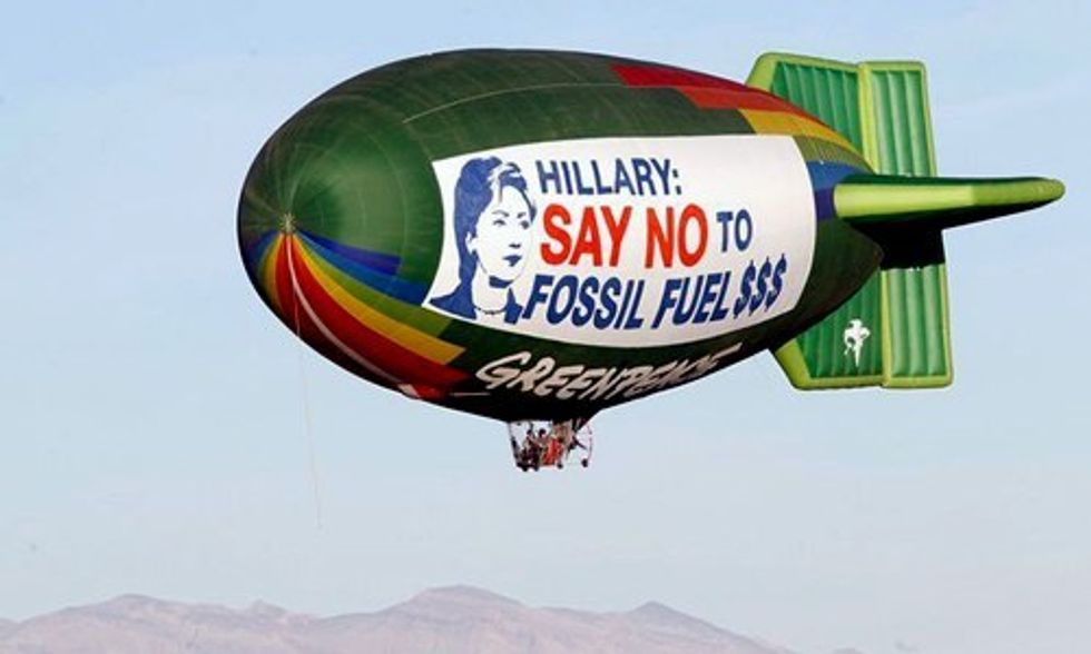 Greenpeace Asks Hillary Clinton to Say No to Fossil Fuel Money