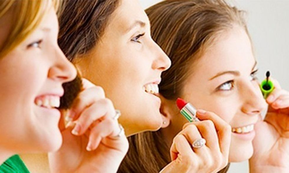 Teen Girls See Big Drop in Chemical Exposure With Switch in Cosmetics