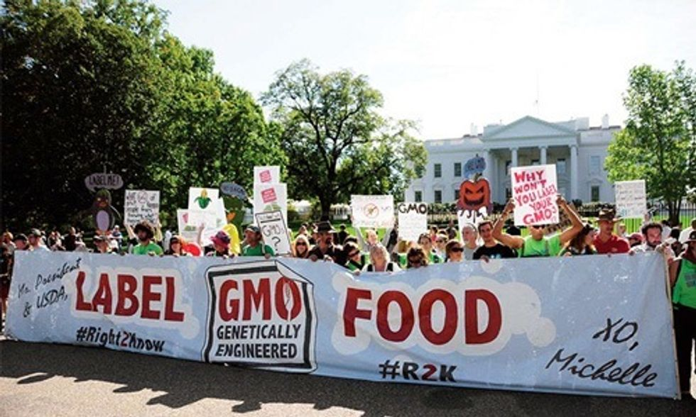 7 Reasons Why the U.S. Government Must Label GMOs
