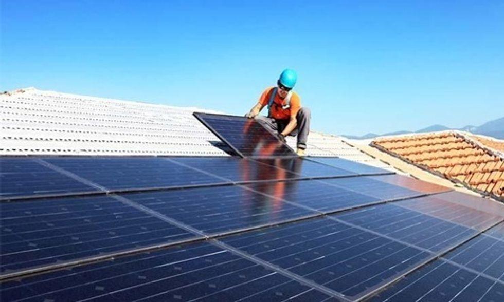 Duke Energy vs. Solar Energy: Battle Over Solar Heats Up in North Carolina