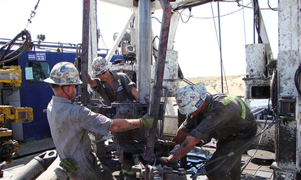 Is Fracking Industry Too Wounded to Respond as Oil Prices Bottom Out?