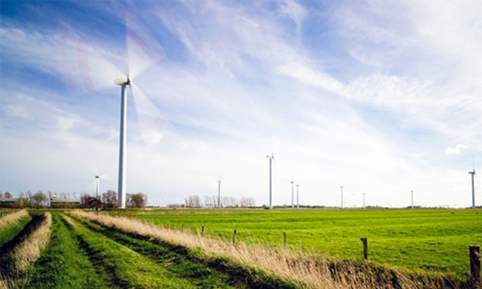 Worldwide Shift to Renewable Energy Played 'Critical Role' in Stalling Carbon Emissions