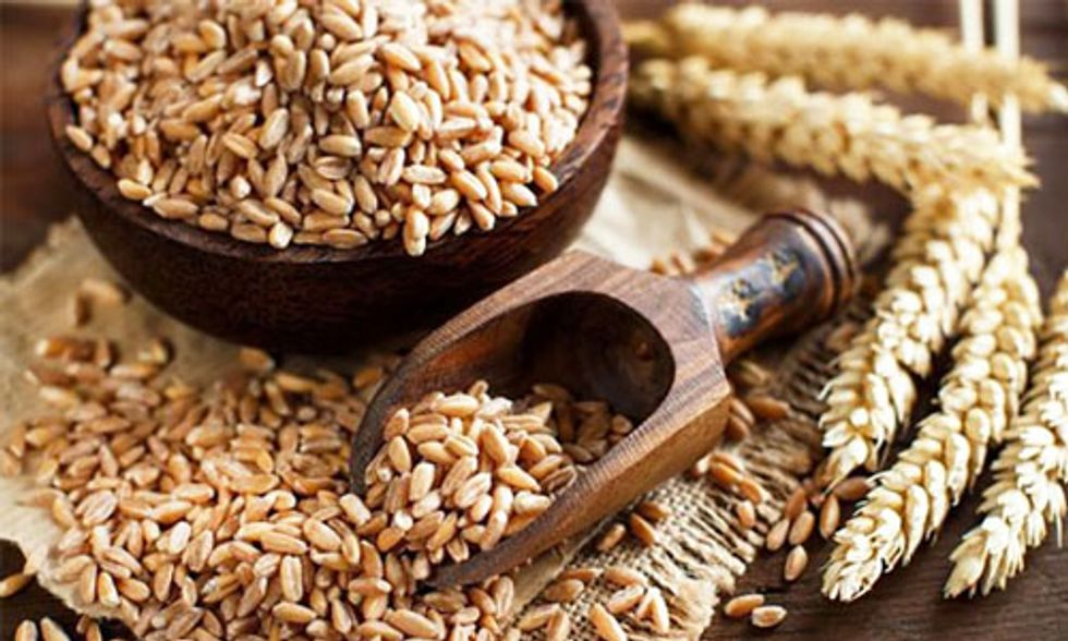 What Is Spelt and Is it Healthier for Me Than Wheat?