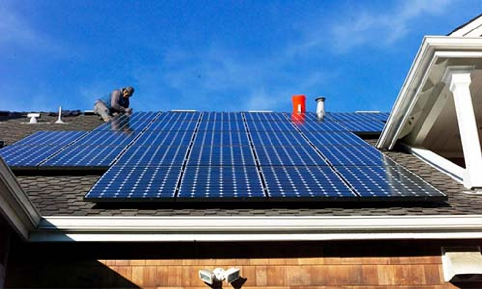 Is Rooftop Solar Cheaper Than Buying Electricity From the Grid?
