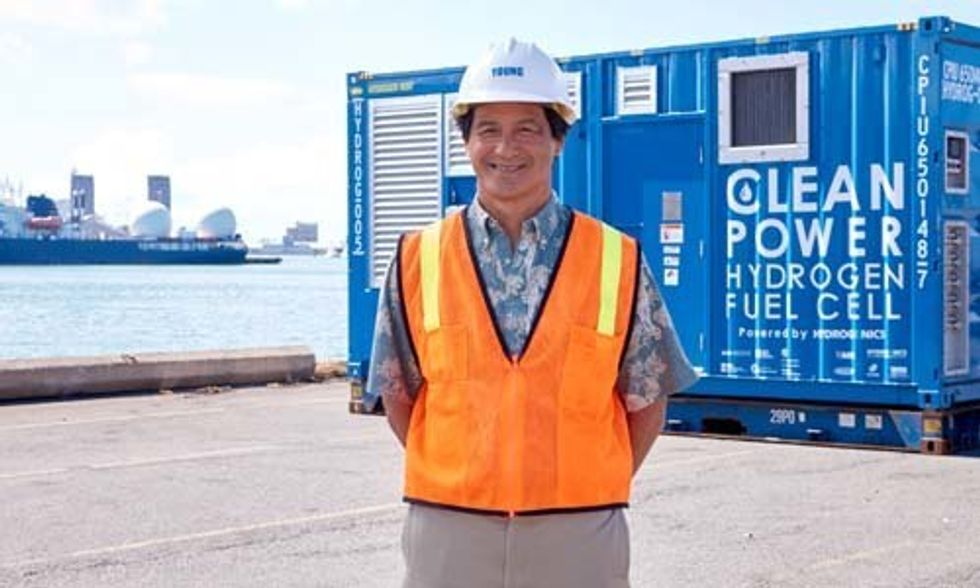 Solar-Powered Hydrogen Fuel Cell Project to Reduce Carbon Emissions at Hawaii Port