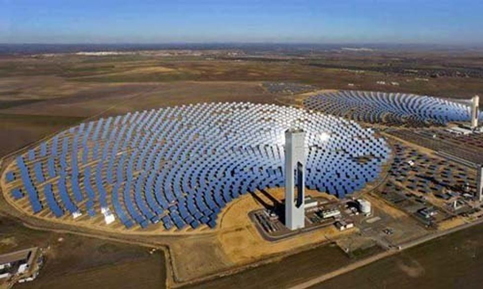 World's Largest Solar Farm Will Generate Enough Electricity to Power 320,000 Households