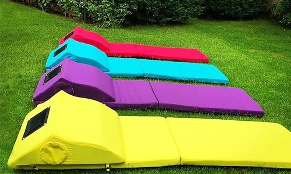 Solar-Powered Beach Mat Charges Your Phone and Chills Your Beverages