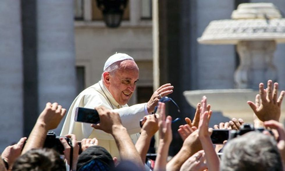 Climate Deniers Attack 'Rock Star' Pope as 'Nature-Worshipping Pagan' Amid U.S. Visit