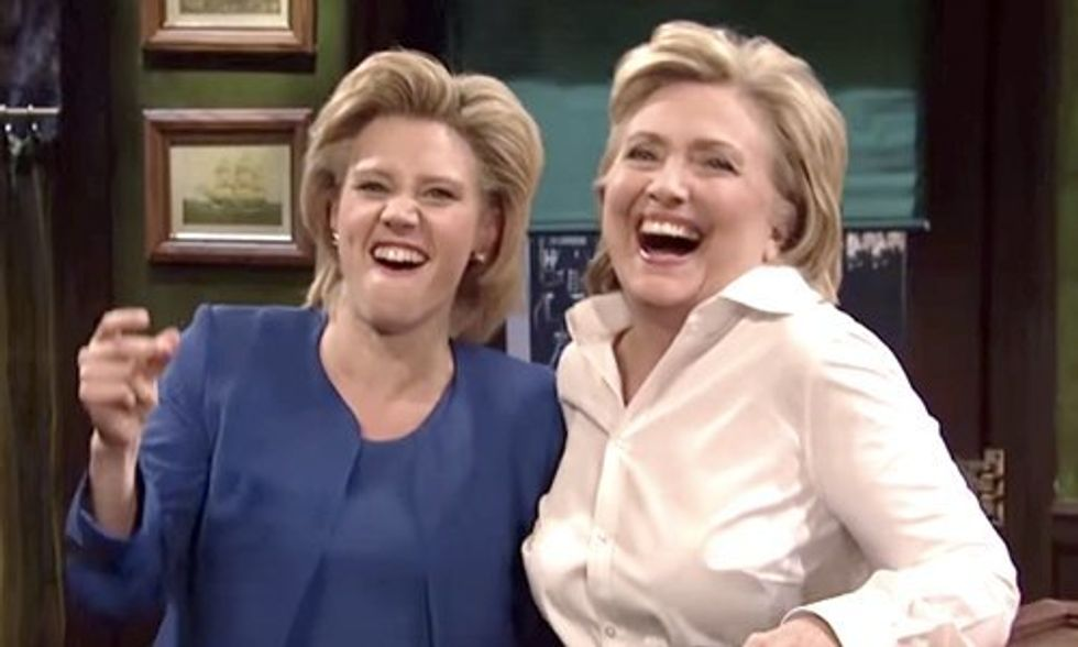 Watch Hillary Clinton on Saturday Night Live Talk Keystone XL and Donald Trump