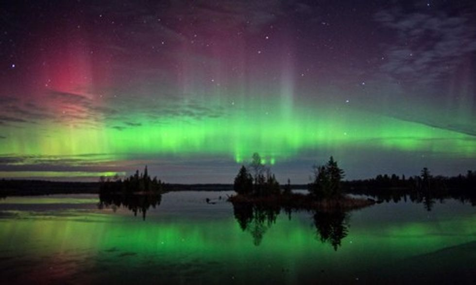 10 Stunning Photos of Rare Northern Lights (And How to Take Your Own)