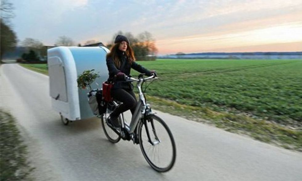 Camper You Pull With Your Bike Turns the World Into Your Backyard