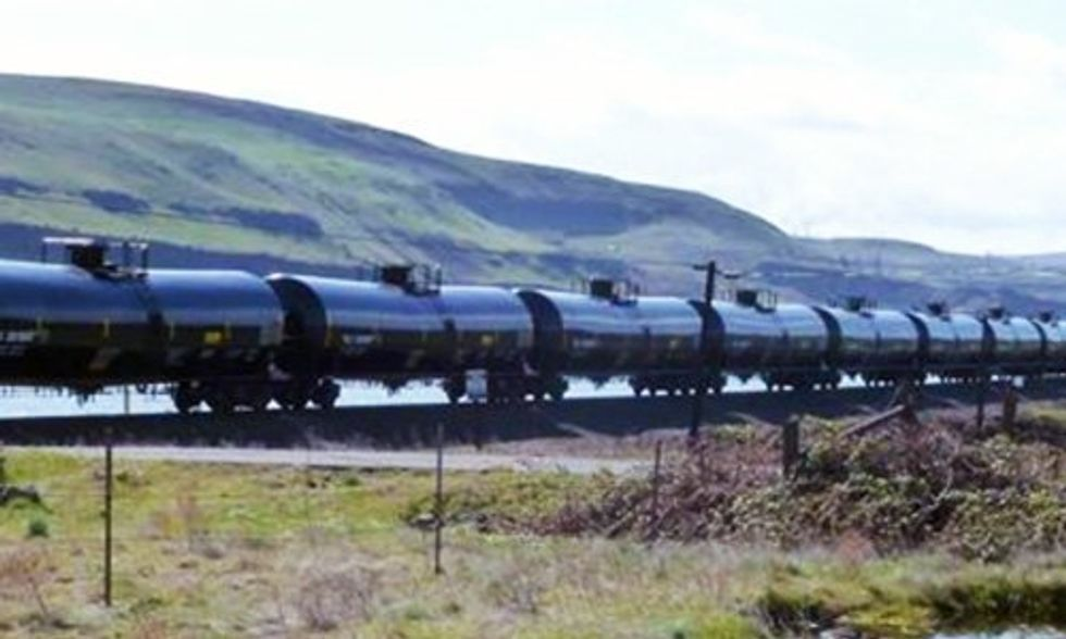 Portland City Council Passes Strong Resolution Opposing Oil Trains